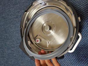 電気圧力鍋 アイリスオーヤマ